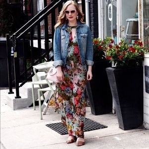 Dresses - Floral maxi dress with keyhole neckline and bow